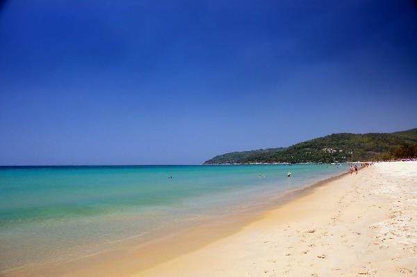 끝없이 이어지는 아름다운 해변