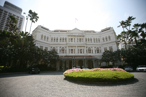 래플스 호텔 아케이드