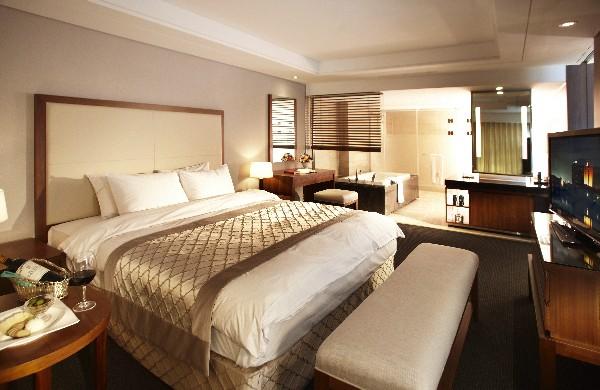 호텔 현대