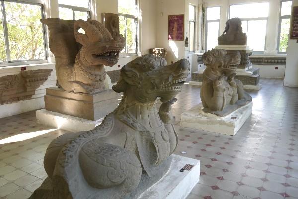 참 조각 박물관