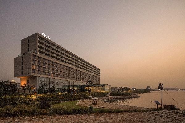 네스트 호텔