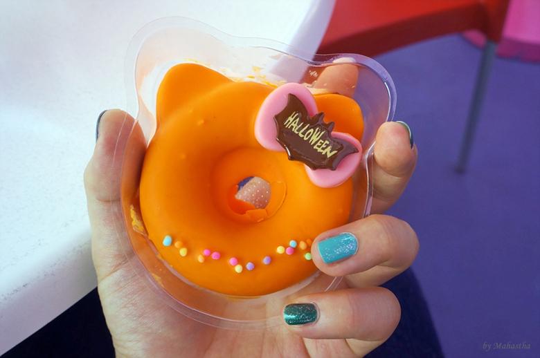 5 헬로 키티 도넛