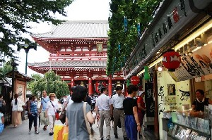 도쿄, 골목에서 이야기를 만나다