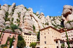 산 속의 수도원, 몬세라트