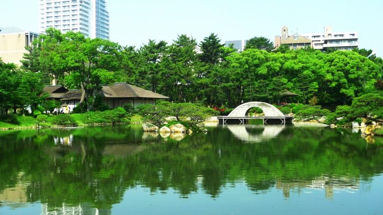 400년 역사의 정원, 슈케이엔(縮景園)을 거닐다.