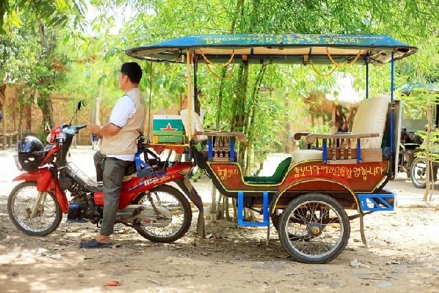 캄보디아 교통수단, 툭툭이와 친구들!