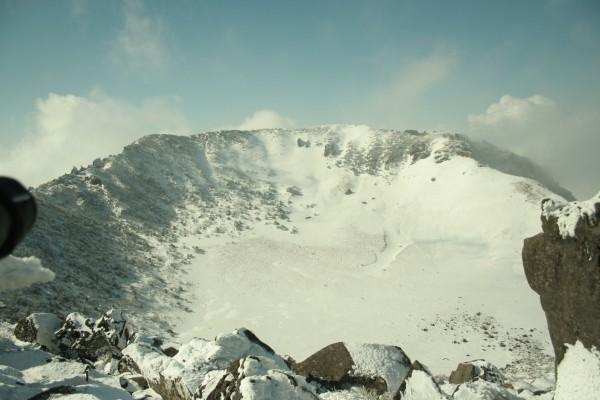 겨울, 한라산 등반으로 만끽한 눈꽃의 향연!