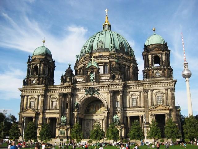 가을 하늘 아래, 베를린 역사기행