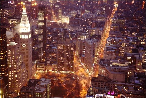 엠파이어 스테이트 빌딩에서 바라본 뉴욕의 야경