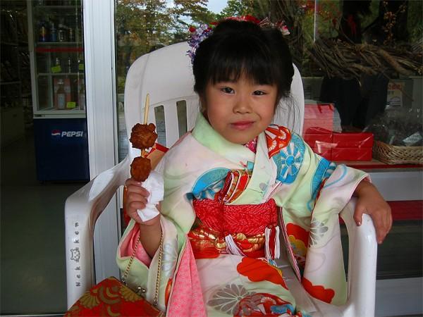 일본 단풍여행 #3–기모노 입은 꼬마아가씨와 국화축제