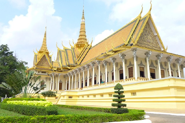 은빛 도시 프놈펜, 캄보디아 역사의 시작
