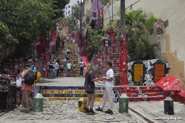 리우데자네이루 걷고 싶은 골목, 세라론 계단