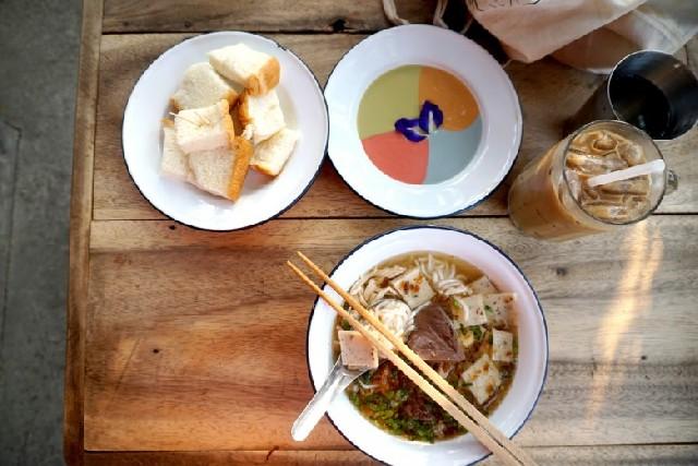 치앙마이에서 꼭 가봐야 할 식당 BEST 10
