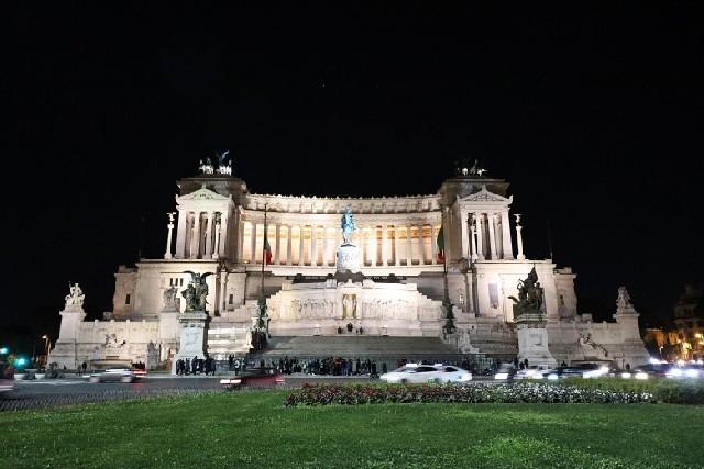 낭만의 도시, 로마 야경 투어 코스
