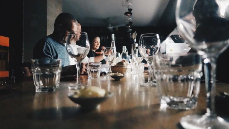 잊을 수 없는 저녁 식사, 파리 11구 피에르 상 셰프 레스토랑