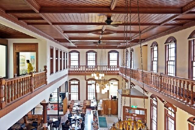 타임슬립, 사가 시 역사민속관 지구