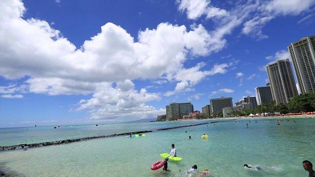 와이키키 해변과 하늘