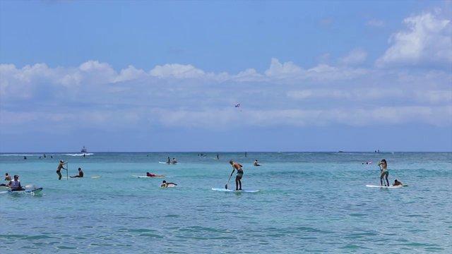 와이키키 해변 서핑보드