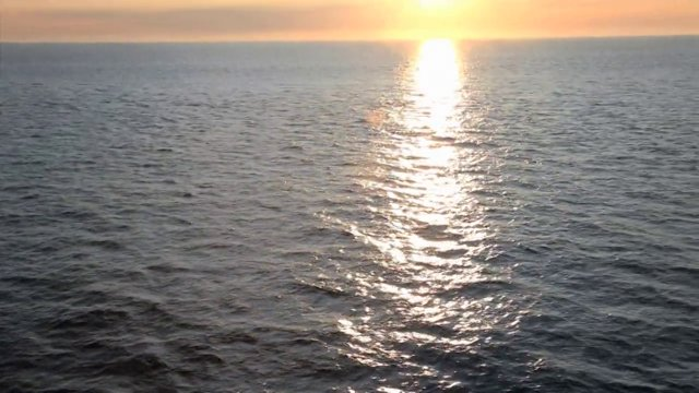 러시아 근처 동해 일몰