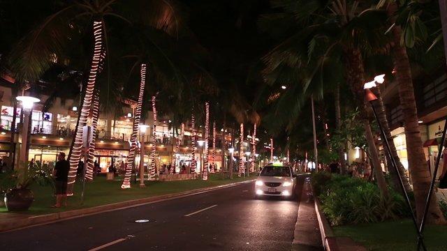 하와이 밤거리