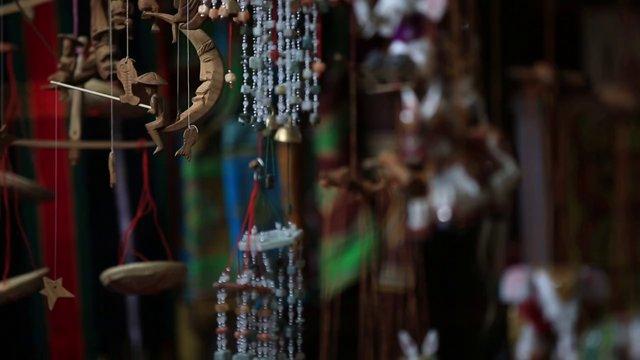 미얀마 바간 시장의 장식품
