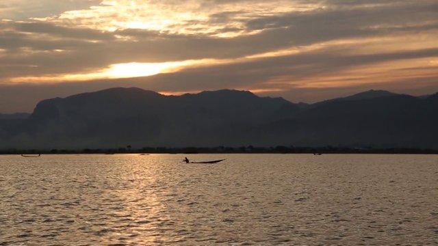 미얀마 헤호의 수상마을